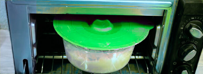 meter mezcla de jabón en el horno